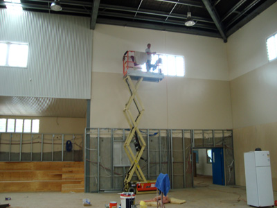 scissor lift builders clean